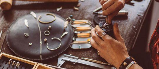 Comment concevoir des bijoux personnalisés